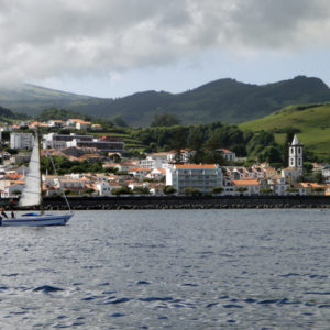 Passeio de Barco à Ilha do Faial – Horta
